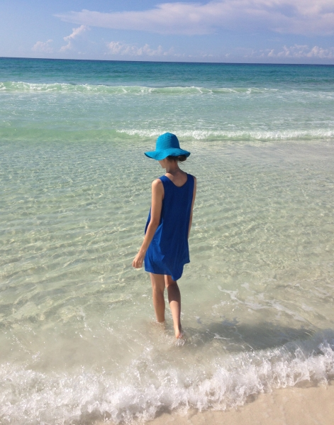 beach style with floppy hats