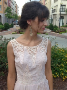 wearing vintage lace, www.erinsnotions.com