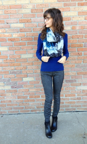 cold weather style: snake print jeans, sweater, and black booties