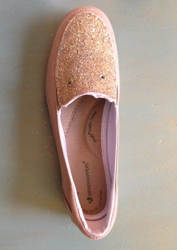DIY: adding sparkle to your shoes