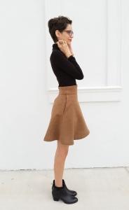 Wool skirt in tan