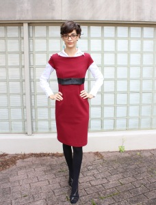 how to layer short sleeve dresses in the winter