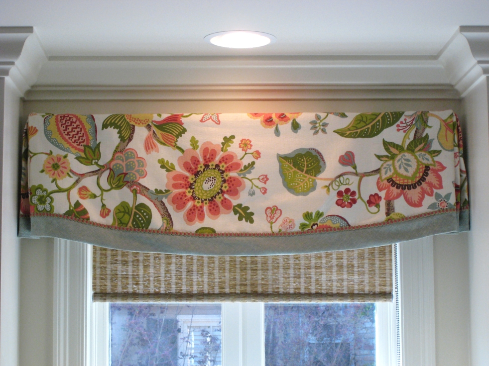 Valance design idea: floral fabric with contrast banding, decorative gimp over seam